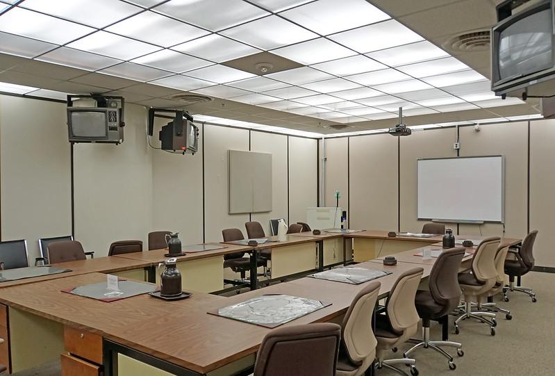 conferenceroom2.jpg