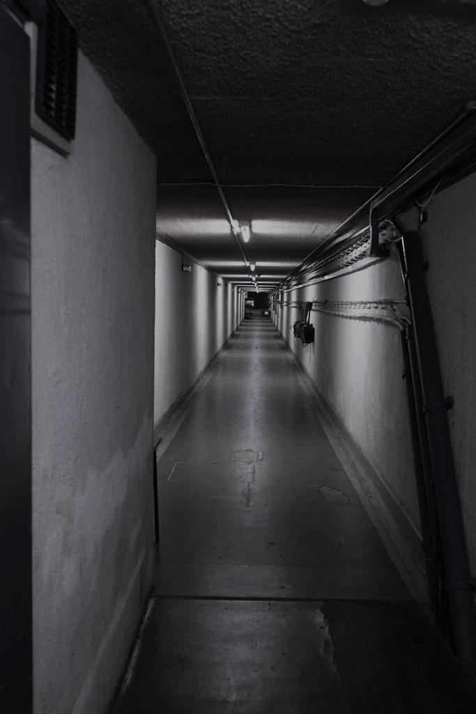 bunkerwall2.jpg