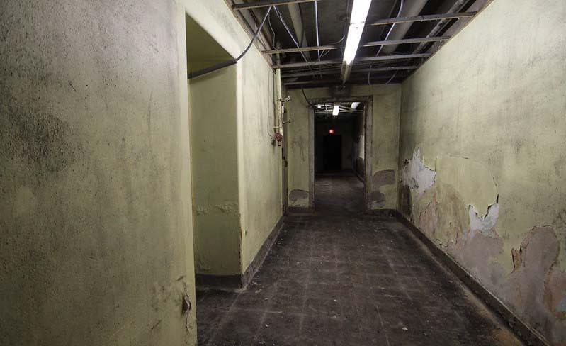 basement%20-%204712A