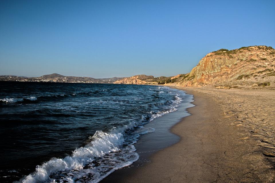 beach-913560_960_720.jpg