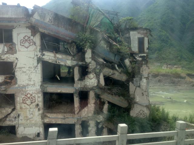 Becuan_valley_earthquake_building.jpg