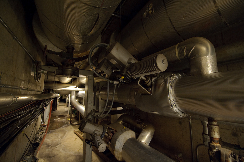 steamtunnel.jpg